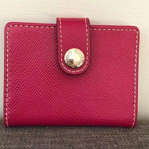 🆕 Dooney & Bourke Pink Saffiano Leather Wallet